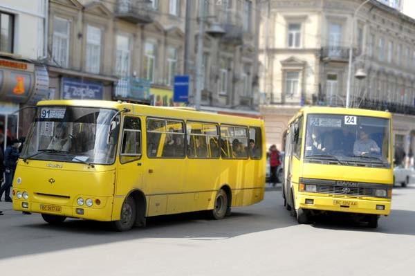 У мережі з'явилась інформація про стан громадського транспорту в Івано-Франківську