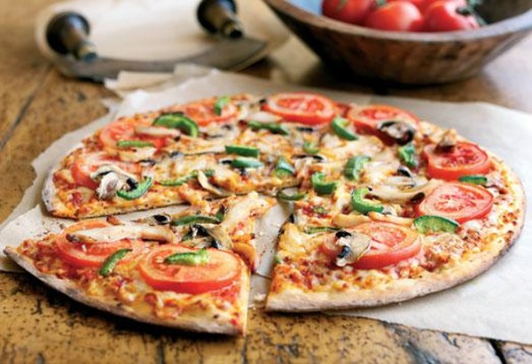 пицца с помидорами и курицей рецепт с фото