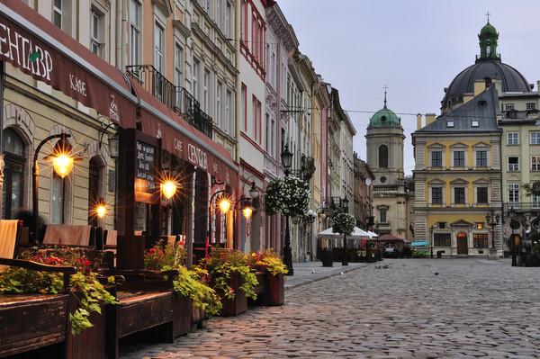 Отели Львова