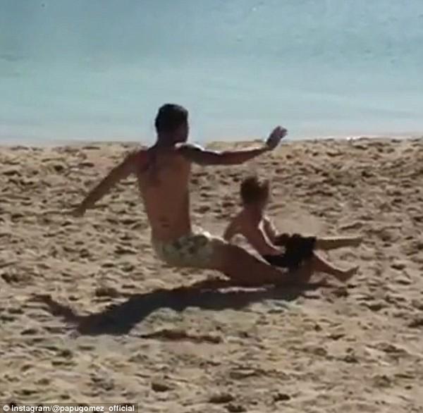 Алехандро Гомес отправил в полет своего 4-летнего сына