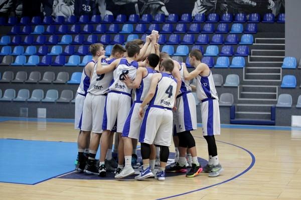 Днепровская команда добыла победу над Николаевом