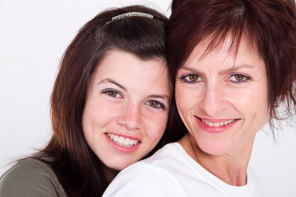 Помни, что с ребенком у тебя должны быть доверительные отношения. Старайся не разрушать их, вмешиваясь в личное пространство подростка