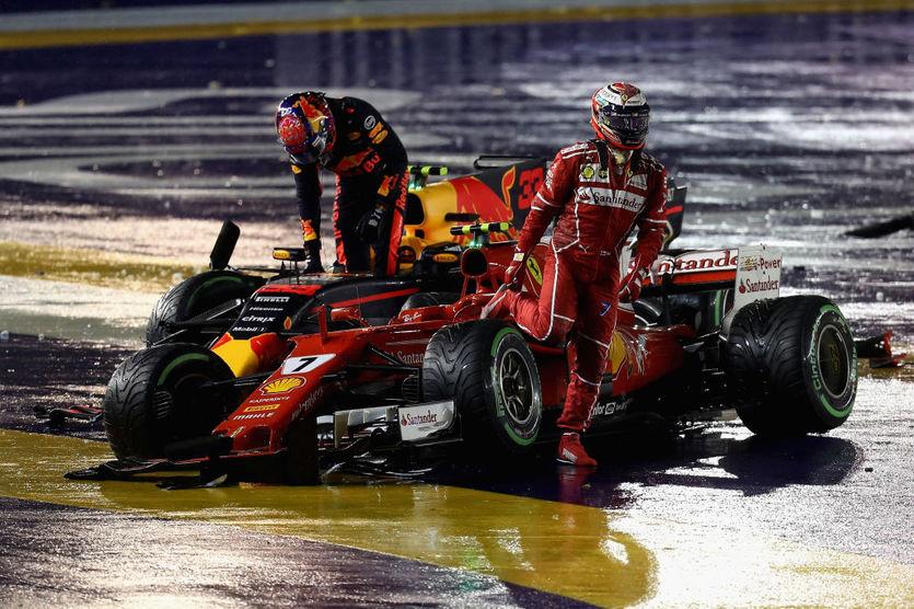 Макс Ферстаппен (слева) и Кими Райкконен (справа) на Гран-при Сингапура