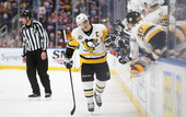 НХЛ: Кросби - первая звезда дня