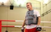 Роуч: Альварес - не боксер, Головкин достанет его