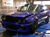 Старой BMW 3-й серии поставили двигатель мощностью 1225 л.с.