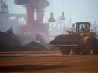 Цены на железную руду могут упасть на треть