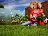 Как из подаренной розы сделать домашний вазон