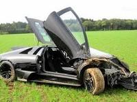 Работники СТО разбили Lamborghini