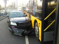 Женщина на Hyundai дважды за короткое время попала в ДТП