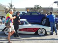 Пенсионерка на Ford проехалась по раритетному Chevrolet Corvette