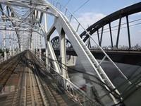 На Дарницком мосту начались монтажные работы