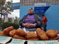 Шаурма, беляши и чебуреки: как не отравиться уличной едой