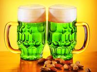 День святого Патрика: как приготовить зеленое пиво