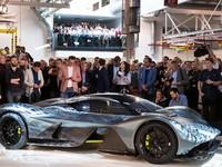 Aston Martin AM-RB 001: сплошное углеволокно и ни грамма стали