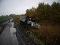 В Одесской области перевернулся и загорелся грузовик