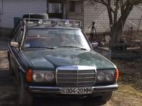 В Украине создали Mercedes, работающий на дровах