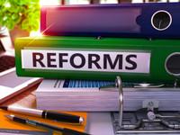 Медленный выход из летнего анабиоза: реформы незначительно ускорились