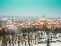 Консульство Литвы за год выдало украинцам 100 тысяч виз