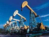 Нефть тянут вверх