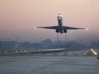 Украинские авиакомпании сокращают рейсы