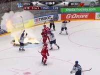 Вратарь-трансформер и горящие ворота: Обзор хоккейного матча