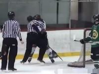 В Канаде арбитр в драке победил хоккеиста