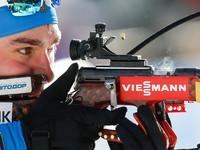 Шипулин завоевал золото в гонке преследования, Семенов в топ-20