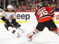 НХЛ: Нью-Джерси разгромил Бостон, Ванкувер обыграл Колорадо