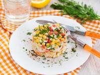 Салат из крабовых палочек с болгарским перцем