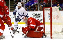 НХЛ: Торонто одолел Детройт, Даллас одержал победу над Каролиной