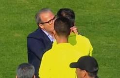 Президент африканского клуба во время матча укусил арбитра за ухо