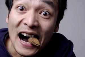 Как бросить курить с помощью еды