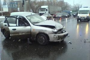 В Киеве водитель погиб при попытке развернуться в правом ряду