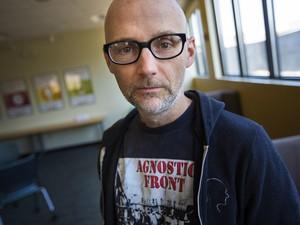 Moby призывает встать на защиту демократии