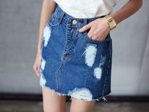 Весна 2017: с чем носить джинсовую юбку