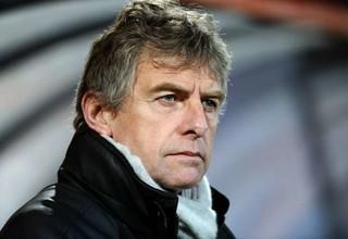 Французский тренер назвал предложения Ван Бастена дерьмом
