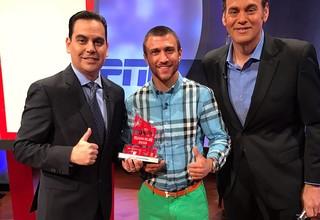 Ломаченко получил премию от ESPN за нокаут года