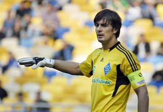 Шовковский пояснил, почему преждевременно завершил встречу с болельщиками