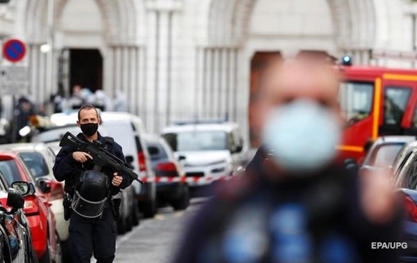 Теракт в Ницце совершил выходец из Туниса - СМИ