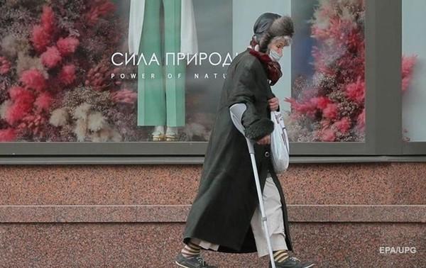 Более 42% работающих украинцев живут в бедности0