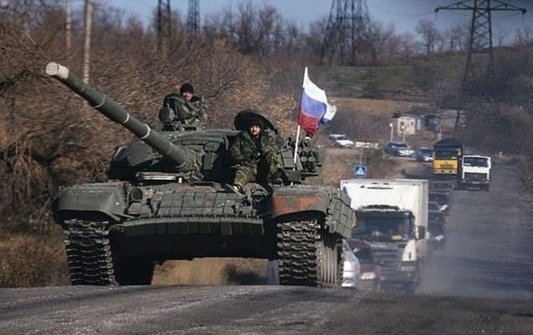 Стягивание войск РФ у границы: Reuters назвал цель0