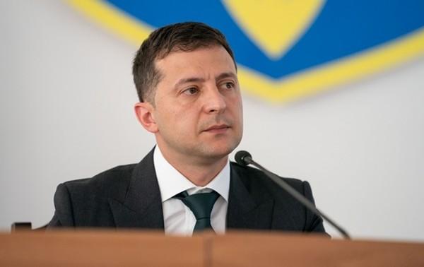 Владимир Зеленский дал украинское гражданство 11 иностранцам