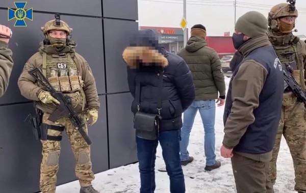 Собирал данные о новом танке: В Харькове задержан агент России0
