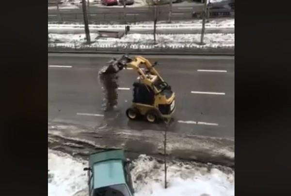 Насадки на погрузчик для уборки снега