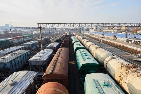 В Одессе ребенок бегал по крыше поезда и получил удар током