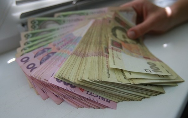 Украинцам выплатили более 60 млн гривен за самоизоляцию