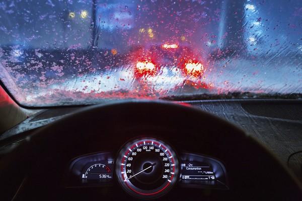Как ездить в дождь: 10 главных правил - Автоновости Украины и мира - Авто -  bigmir)net - Авто bigmir)net