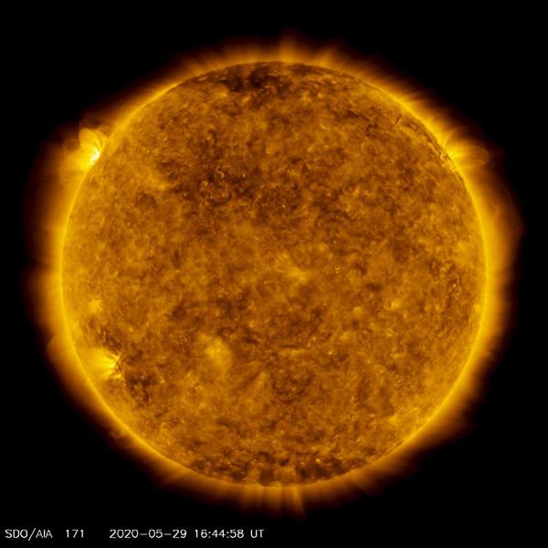 На Солнце произошла вспышка