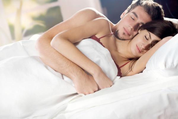 Очень сексуальные позы двух влюблённых фото фото 630-225